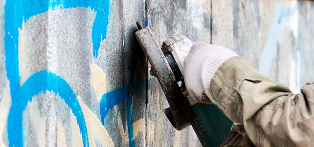 Brandt & Schulz Fassadengestaltung Graffitientfernung